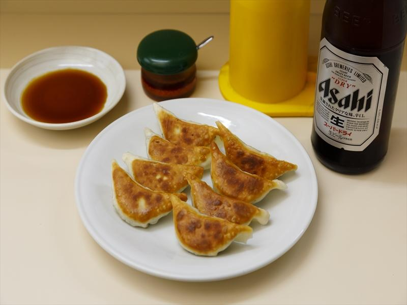 The people of Miyazaki enjoy eating gyoza in many different places!-3