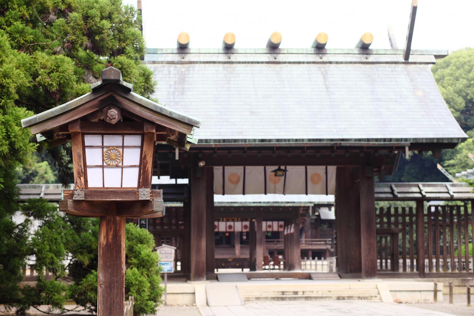 民の幸せを願い、都を中央に遷すため東遷計画を策定した「宮崎神宮」-0