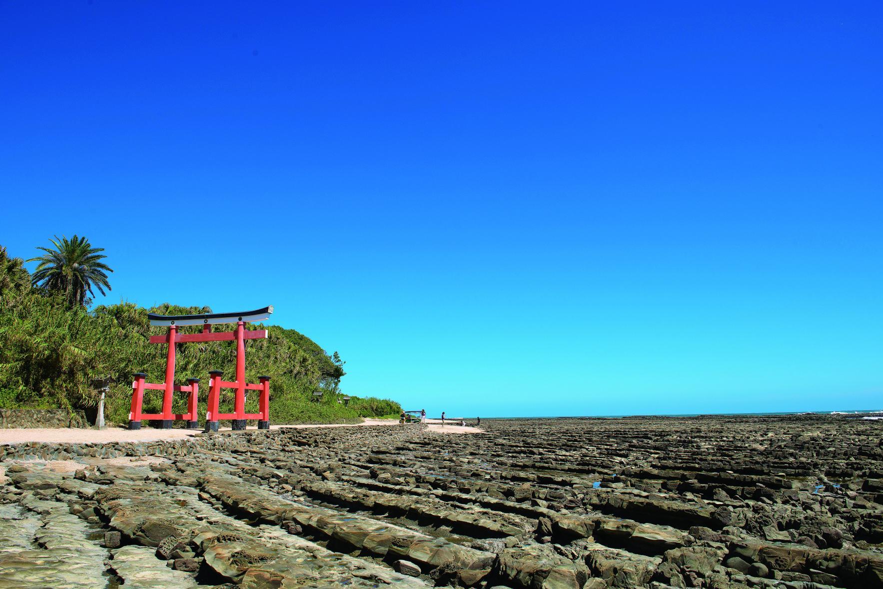 宮崎らしさがギュギュっと詰まった屈指の観光スポット『青島』-1