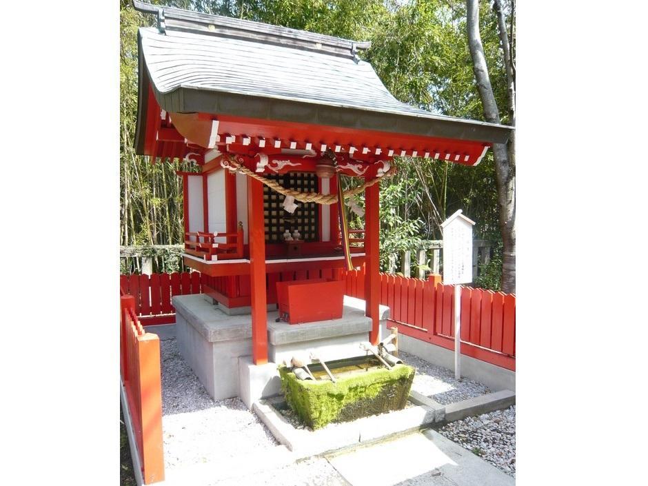 一葉稲荷神社-7