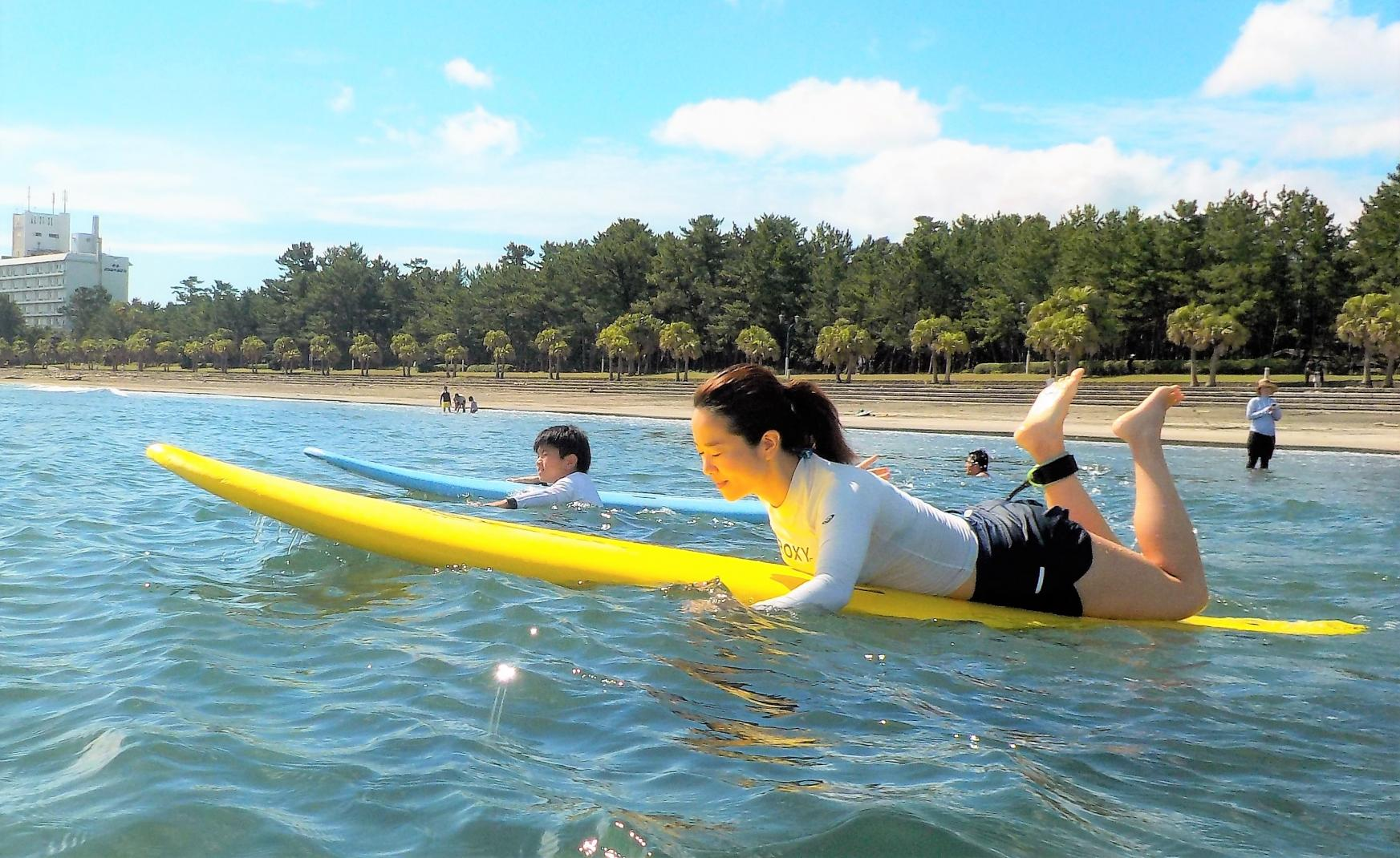 GAKKY SURF SHOP-2
